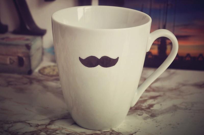 moustache mug diy 3