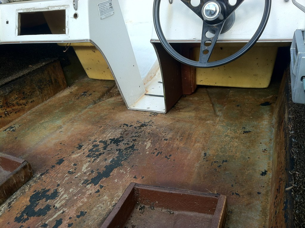 1978 sea raider floor replacement page 1 iboats boating for Replacing boat floor