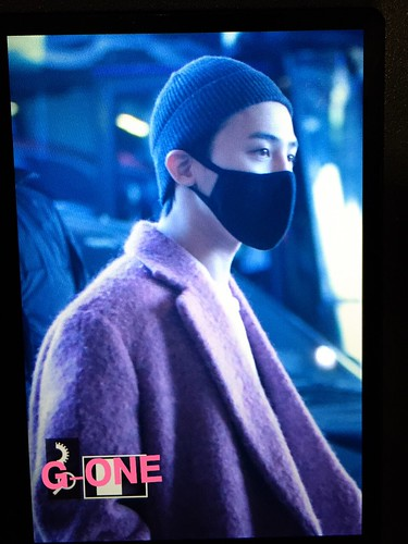 Big Bang - Incheon Airport - 22mar2015 - G-Dragon - G-One - 01