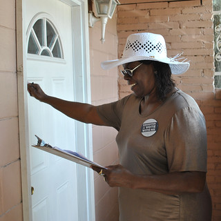 Ms. Frances makes sure her Florida neighbors are registered