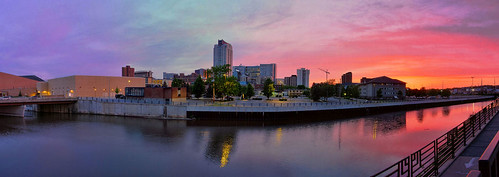 city sunset panorama minnesota river downtown pano panoramic rochester hdr rochestermn zumbroriver microsoftice pictuenaut 170°view