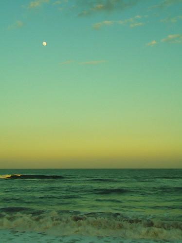 ocean sunset sky moon japan 夕暮れ 海 空 月 pentaxlife