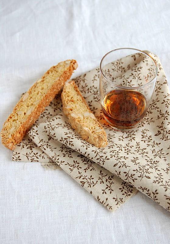 Almond biscotti / Biscotti de amêndoa