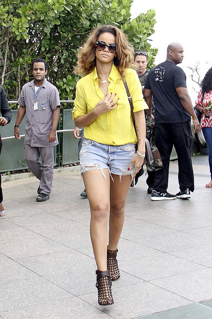 Rihanna Denim Shorts Celebrity Style Women's Fashion