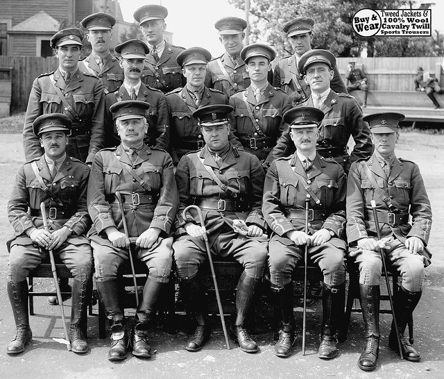 Canadian officers WW1