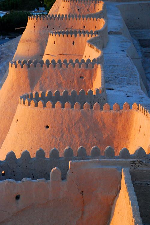 Fortress in Uzbekistan [500x750]