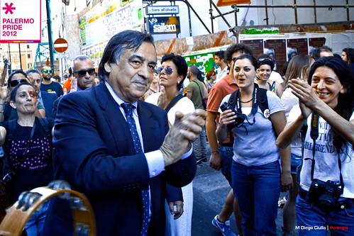 Orlando il secondo sindaco più gradito d'Italia; Stancanelli terz'ultimo$