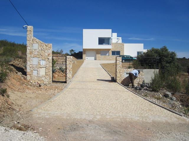 Villa spacieuse et moderne à vendre en Algarve orientale - Portugal ...