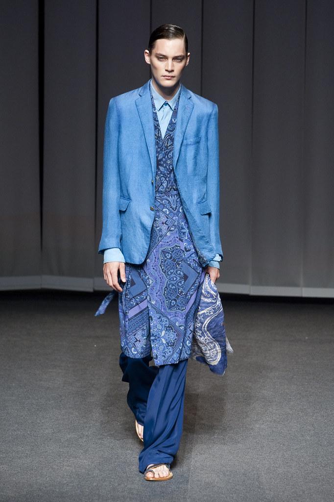 Jaco van den Hoven3333_SS13 Milan Etro(fashionising.com)