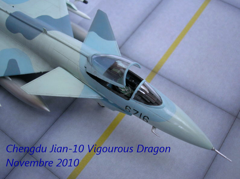 Eurofigther Typhoon deRevell au 1/48 - Page 3 7463183602_baa05dfdbe_o