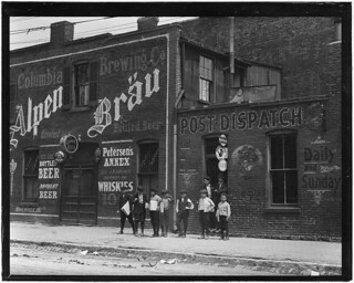 Johnston's Branch adjoining Saloon. St. Louis, Mo, May 1910
