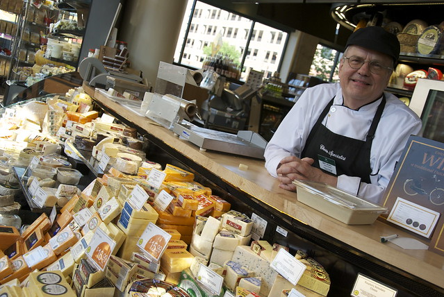Cheese Specialist at LUNDS