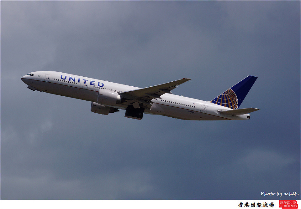 United Airlines / N69020 / Hong Kong International Airport