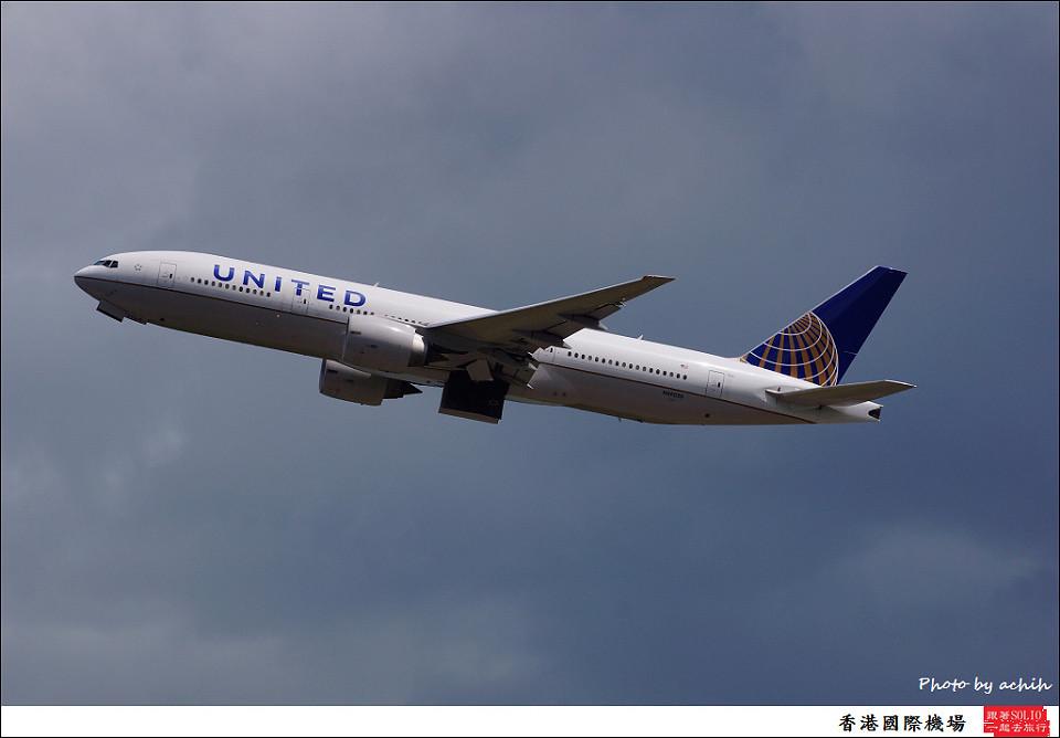 United Airlines / N69020 / Hong Kong International Airport
