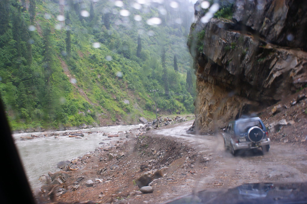 """MJC Summer 2012 Excursion to Neelum Valley with the great """"LIBRA"""" and Co - 7635691704 bb47b1335f b"""
