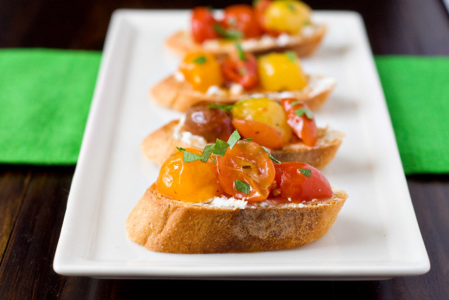 Roasted Tomatoes and Goat Cheese Crostini