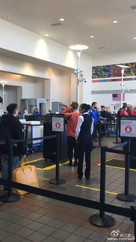 Big Bang - Los Angeles Airport - 06oct2015 - bofl - 19