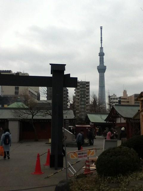 浅草寺看东京天空树