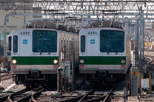 東京メトロ千代田線 6000系 6125F 6134F