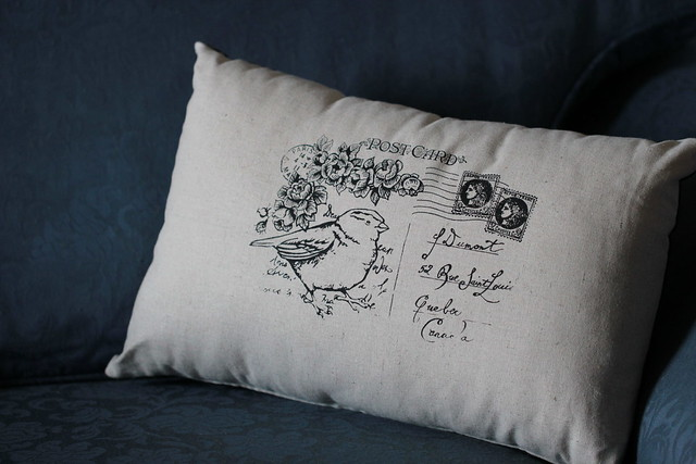 Sparrow Avenue cushion