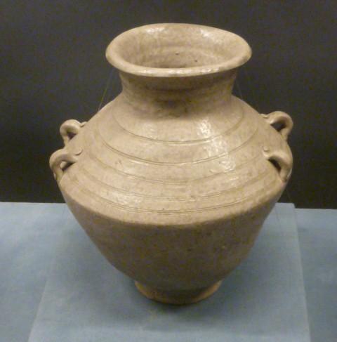 poterie en poterie (10ème ou 11ème siècle avant JC)  Art Céramique