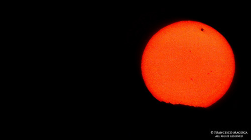 Transit of Venus, a rare silhouette against the Sun