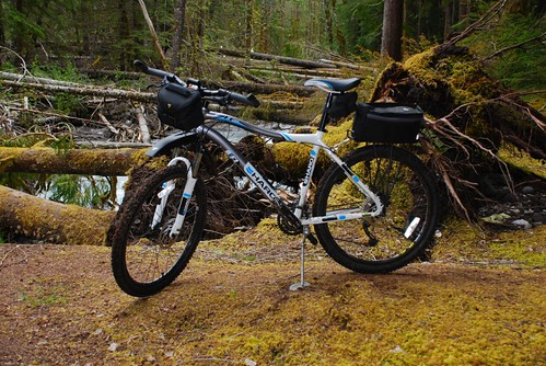 ... ) in Haro mountain San two ( flightline Bicycles bike M-L