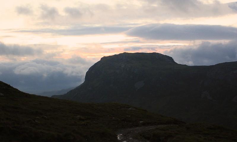 A hint of sunrise over Càrn a' Bhreabadair