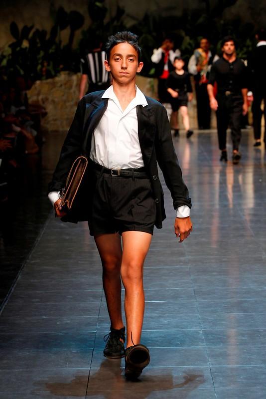 Dolce&Gabbana Men's Show SS 2013_2