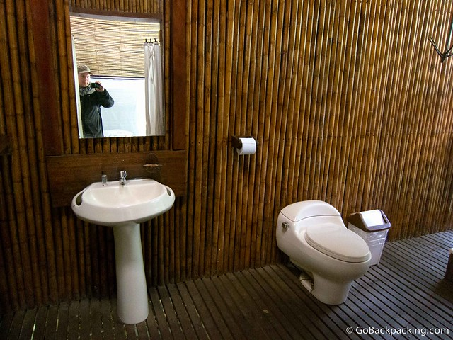 Private bathroom at Refugio Amazonas