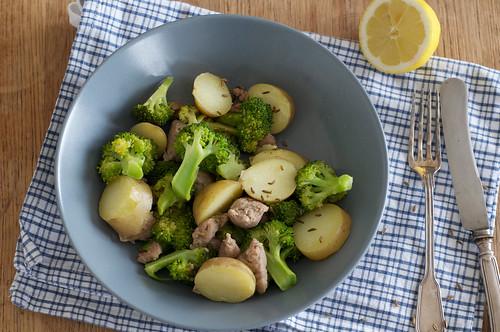 Brokkoli-Bratwurst-Pfanne