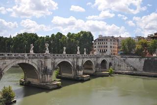 http://hojeconhecemos.blogspot.com.es/2012/07/do-ponte-sant-angelo-roma-italia.html
