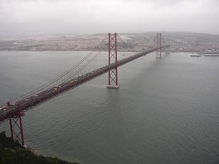 Ponte de 25 de abril