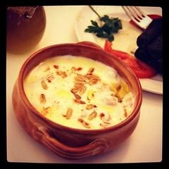 Fatta www.klamtam.com #klamtam #food #Kuwait #q8 #kuwaitfood #Kuwaiti #kuwaitinstagram #yummy #delicious #eat #culinary #photo #instaaddict #instadaily #instamood #instagood #instahub #igaddict #igdaily #igers #q8instagram #q8ig #foodpics #tweegrams #inst