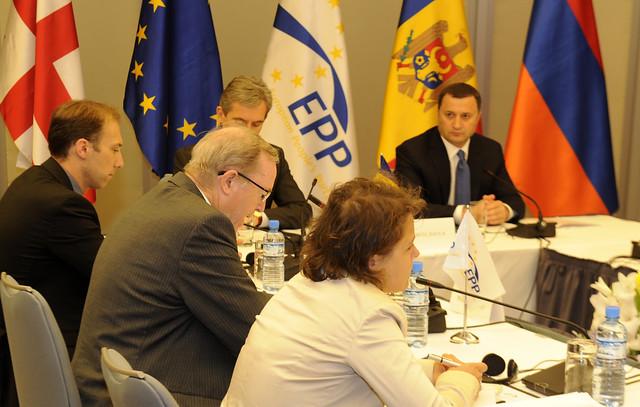 Молдова хочет получать дешевый газ, автор: European People's Party – EPP, источник: flickr