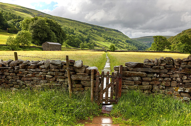 swaledale yorkshire dales national park