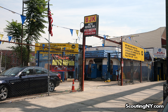 Car Dealerships In Brooklyn >> The Brooklyn Car Dealership Caught In A Time Warp Scouting Ny