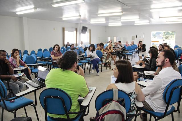 Primeiro dia da mesa debate no FIG 2012. | Foto: Olívia Leite