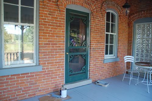 Front storm door the hunter green holdout diydiva - Hunter green exterior paint paint ...
