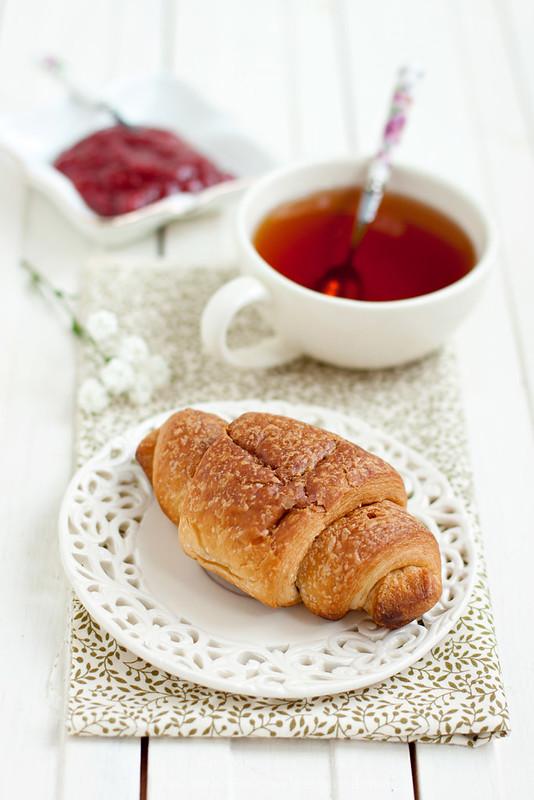 Croissant with strawberry - rhubarb vanilla sauce
