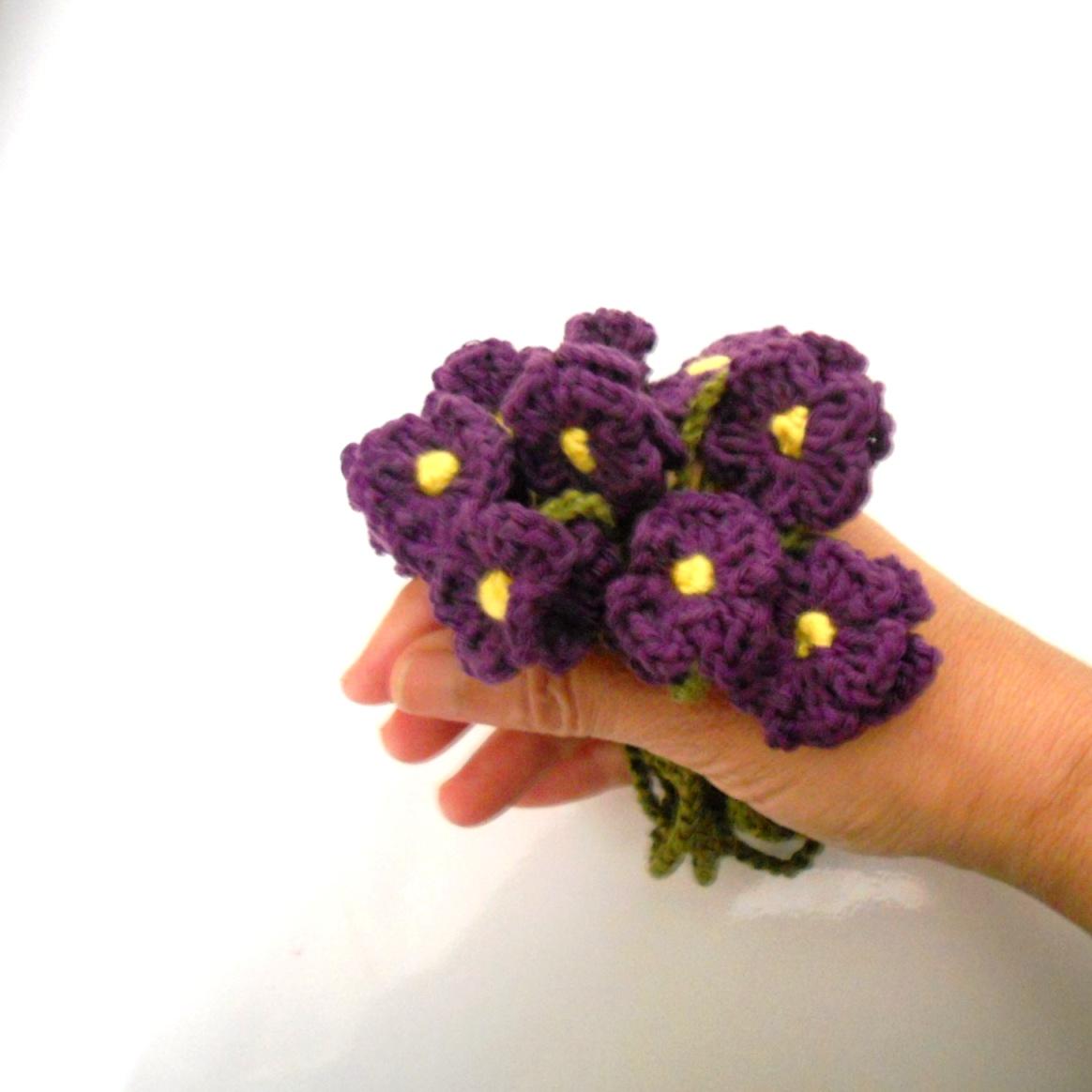 ramito de violetas ( collar)