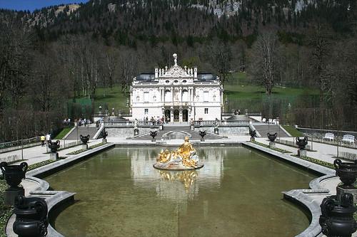 Schloß Linderhof & Fontaine