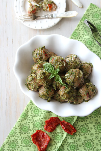 Healthy turkey meatballs are studded with sun-dried tomatoes and fresh ...