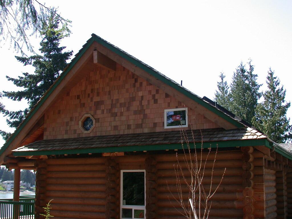 Eyebrow Roof 1 Creasey Log Homes
