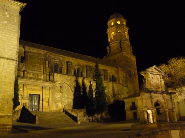 Kathedrale von Baeza bei Nacht