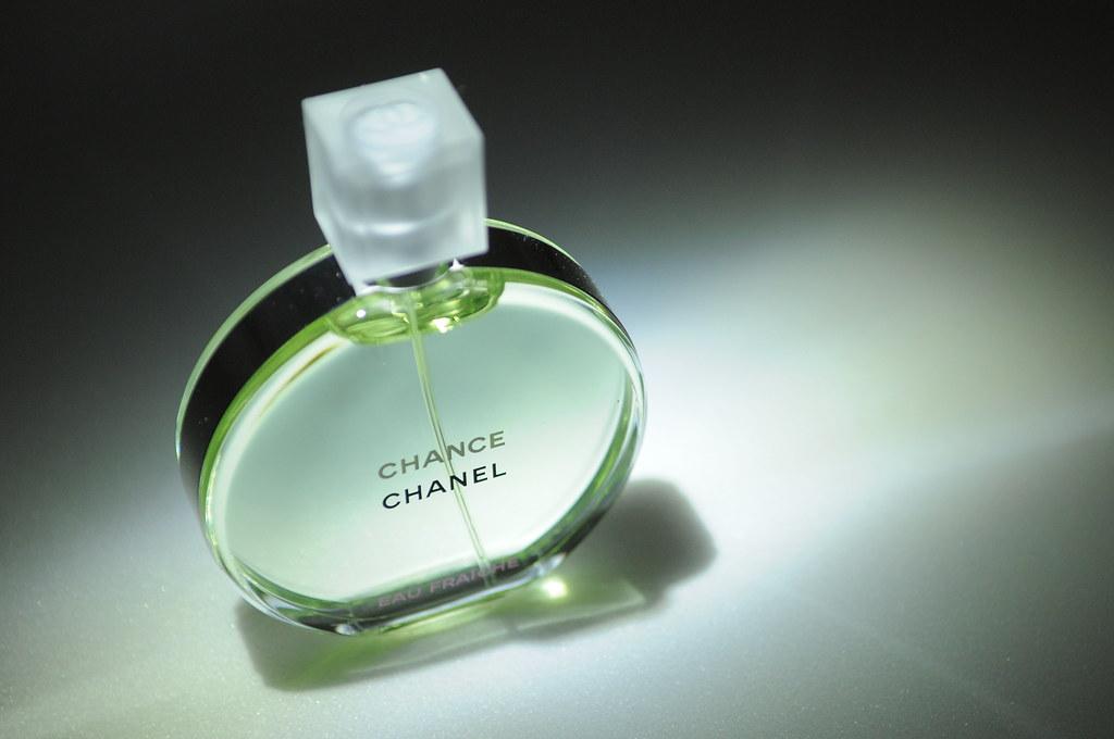 CHANEL CHANCE 綠色氣息