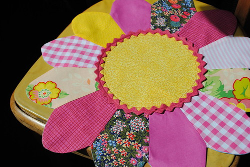 dresden flower placemat