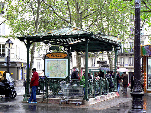 métro abbesses 1.jpg