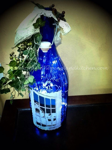 Decorated lighted wine bottles how to diy craft wine for Lighted wine bottle craft