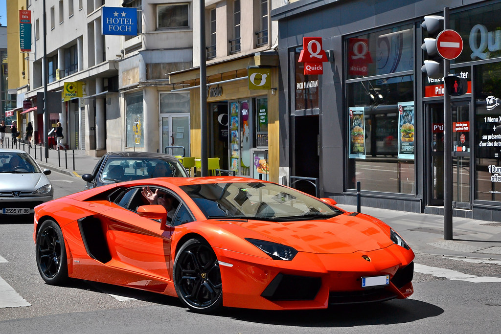 Sports Cars With Butterfly Doors